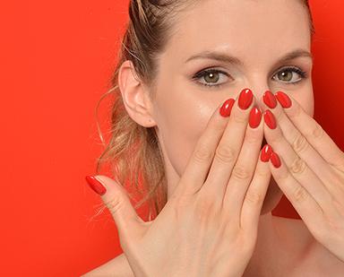 Nails Color Change