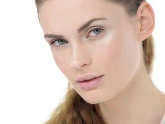 Qual è il fondotinta ideale per la pelle secca?